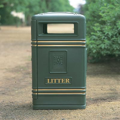 Brunel litter bin in Jubilee Green