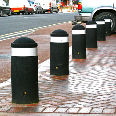 Black 600mm Buffer bollard with white retroreflective banding