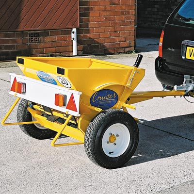 Cruiser Towable 80™ Salt / Grit Spreader