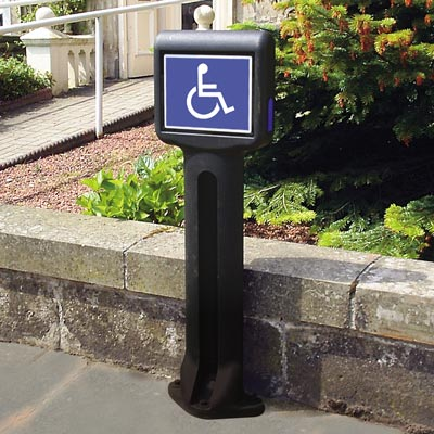 Black Infomaster bollard with optional blue side reflectors