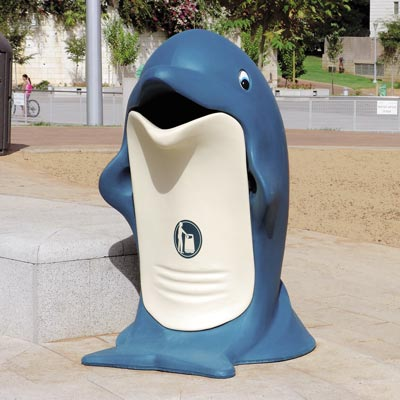 Splash dolphin shaped litter bin