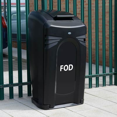 FOD 140 bin in black and yellow with closeable lid